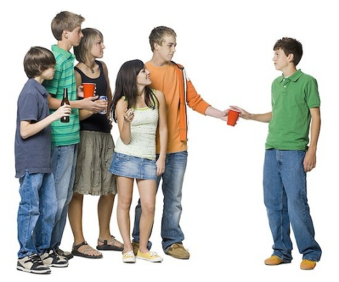 dangers of peer pressure to teenagers Effects of peer pressure to teenagers  topics: peer group  peer pressure we often hear about the dangers of peer pressure to teenagers teenagers take drugs,.